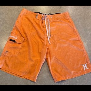 Men's Hurley board shorts only worn twice. Size 34